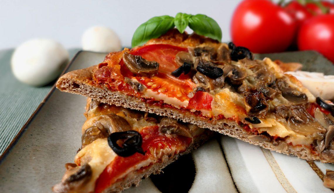 Pizza na pełnoziarnistym spodzie
